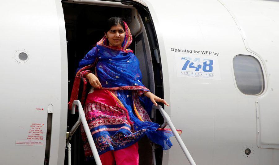 Malala arrivant au camp de Dadaab au Kenya