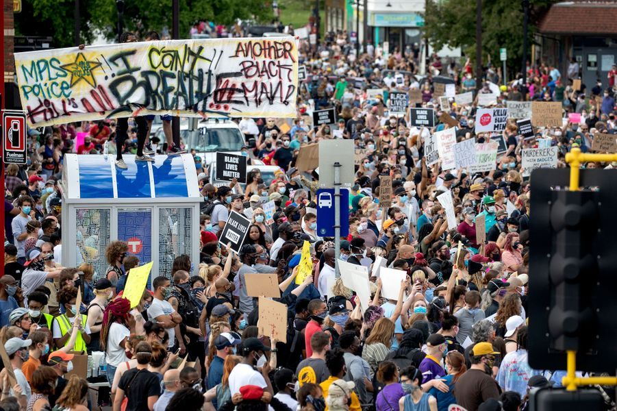 Manifestation à Minneapolis, aux Etats-Unis, le 26 mai 2020.