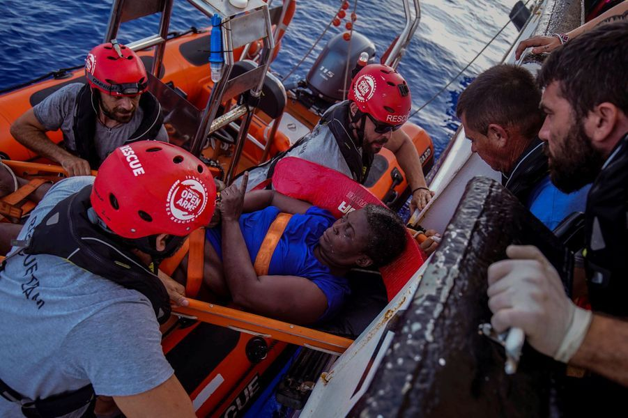 La star de la NBA Marc Gasol a raconté dans une vidéo le sauvetage en mer auquel il a assisté aux larges des côtes libyennes. (Marc Gasol est à droite sur la photo)