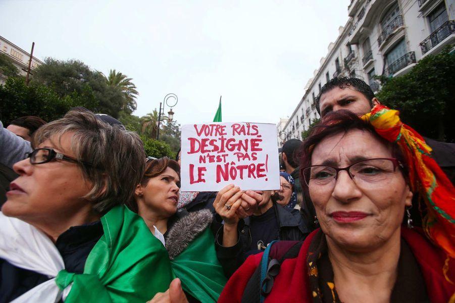 Manifestation à Alger, le 13 décembre 2019.