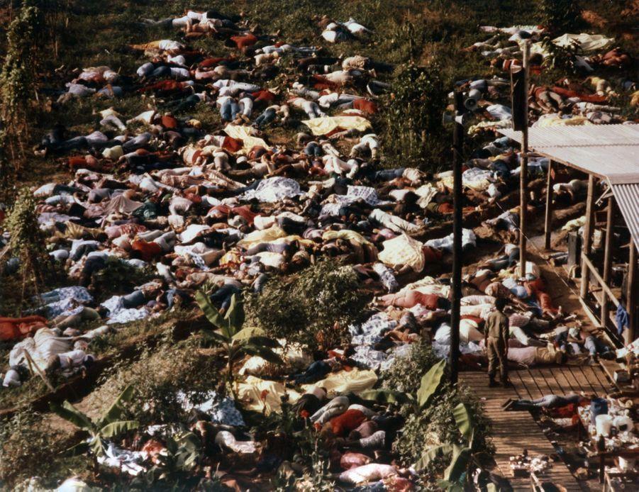 Jonestown, au lendemain du suicide collectif