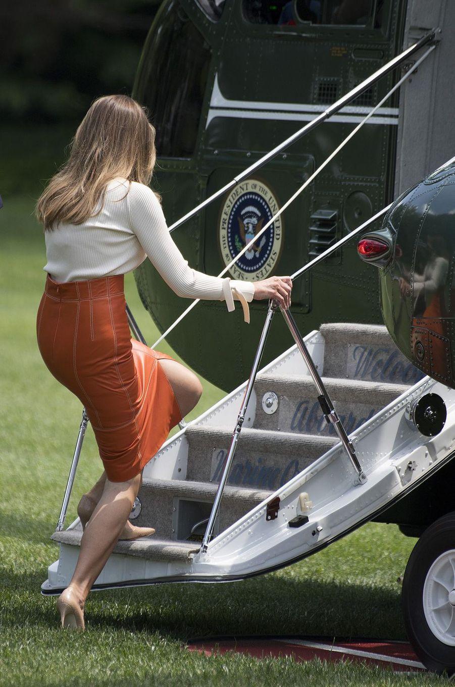 Melania Trump quittant la Maison Blanche, le 19 mai 2017.