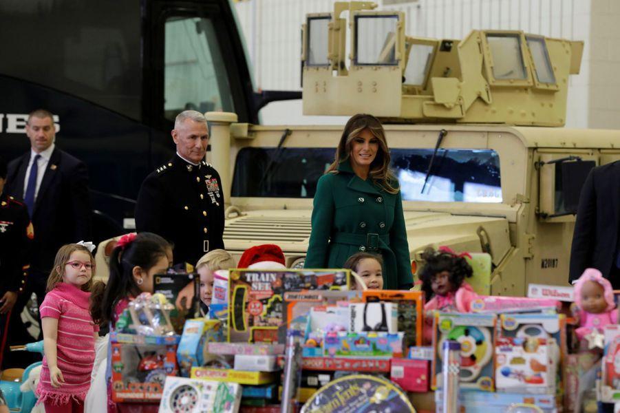 Melania Trump sur la base militaire d'Anacostia-Bolling à Washington, le 13 décembre 2017.