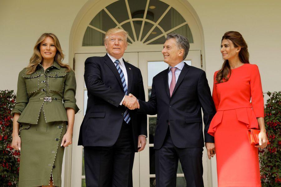 Melania et Donald Trump, Mauricio Macri et Juliana Awada à la Maison Blanche, le 27 avril 2017.A voir :Melania et Donald Trump accueillent le président argentin à la Maison Blanche