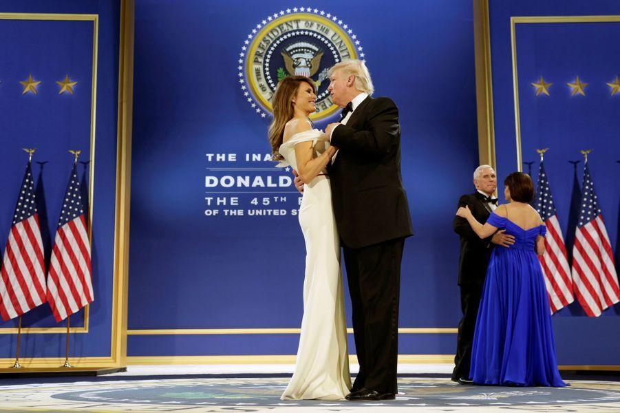 Donald Trump et Melania Trump lors du bal post-investiture, le 20 janvier 2017.