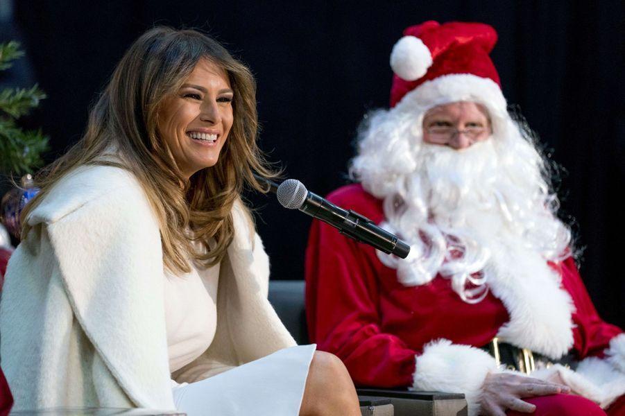 Melania Trump à Washington, le 7 décembre 2017.A voir : Avec le Père Noël, Melania Trump est auprès d'enfants malades... et rêve d'une île déserte