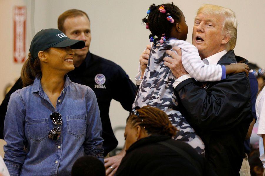 Melania et Donald Trump à Houston, le 2 septembre 2017.A voir : Donald et Melania Trump à la rencontre des rescapés d'Harvey