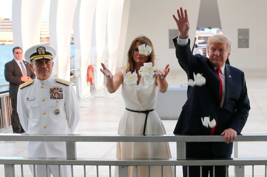 Melania et Donald Trump à Hawaï, le 3 novembre 2017.A voir : A Hawaï, les Trump rendent hommage aux victimes de Pearl Harbor