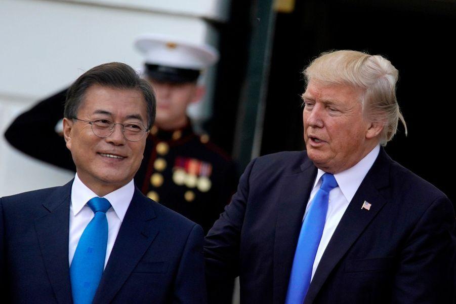 Donald Trump et le président sud-coréen Moon Jae-in à la Maison Blanche, le 29 juin 2017.
