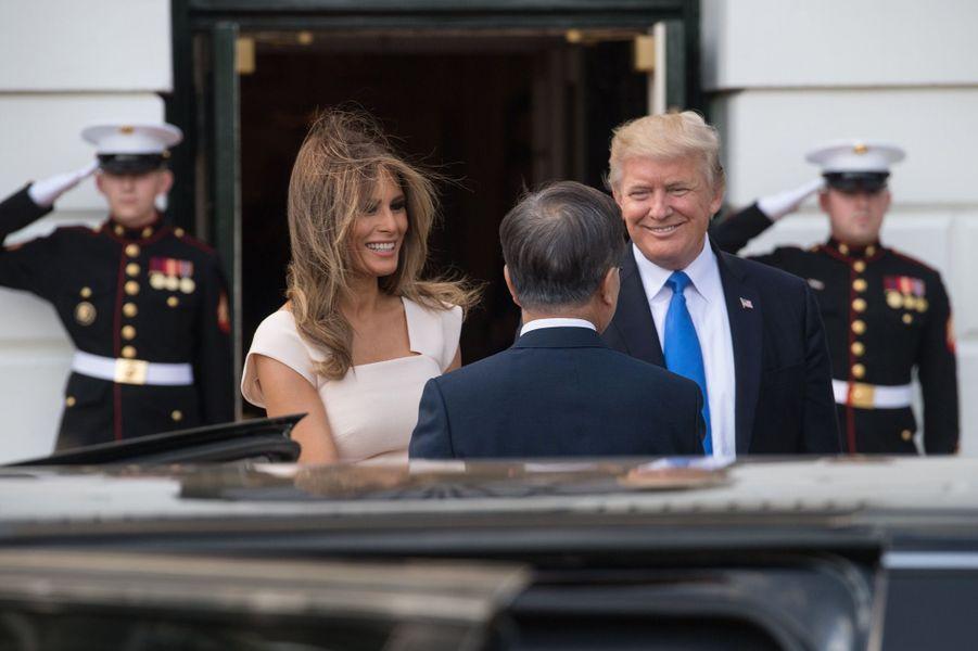 Donald et Melania Trump accueillent le président sud-coréen Moon Jae-in à la Maison Blanche, le 29 juin 2017.