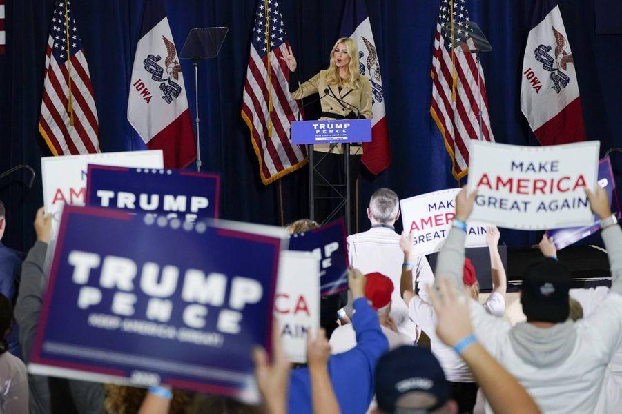 Ivanka Trump en meeting à Des Moines, dans l'Iowa, le 2 novembre 2020.