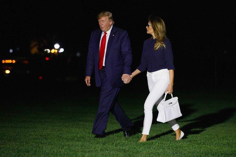 Donald et Melania Trump de retour à la Maison-Blanche après lesommet du G7 à Biarritz, le 26 août 2019.