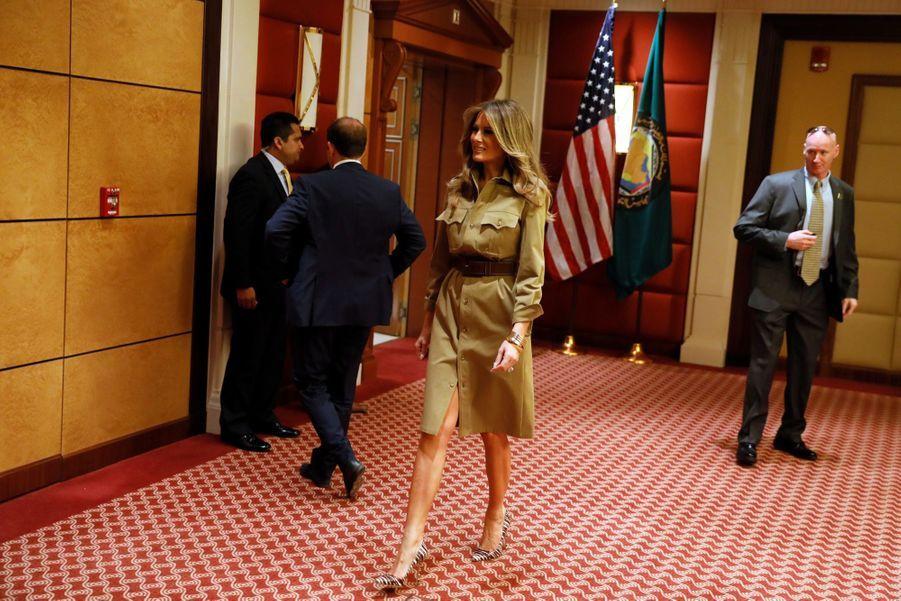 Melania Trump Sans Voile En Arabie Saoudite 17