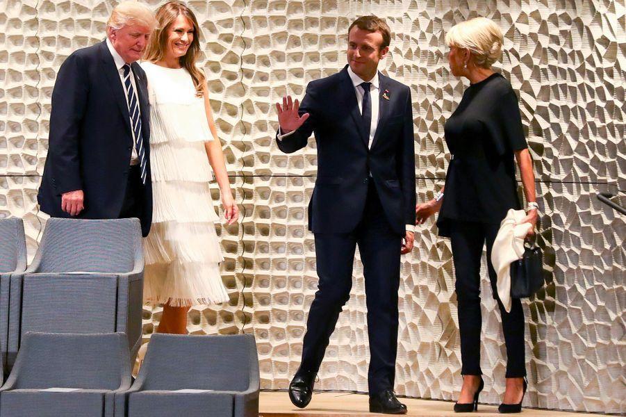 Donald Trump,Melania Trump, Emmanuel Macron et Brigitte Macron à Hambourg, le 7 juillet 2017.