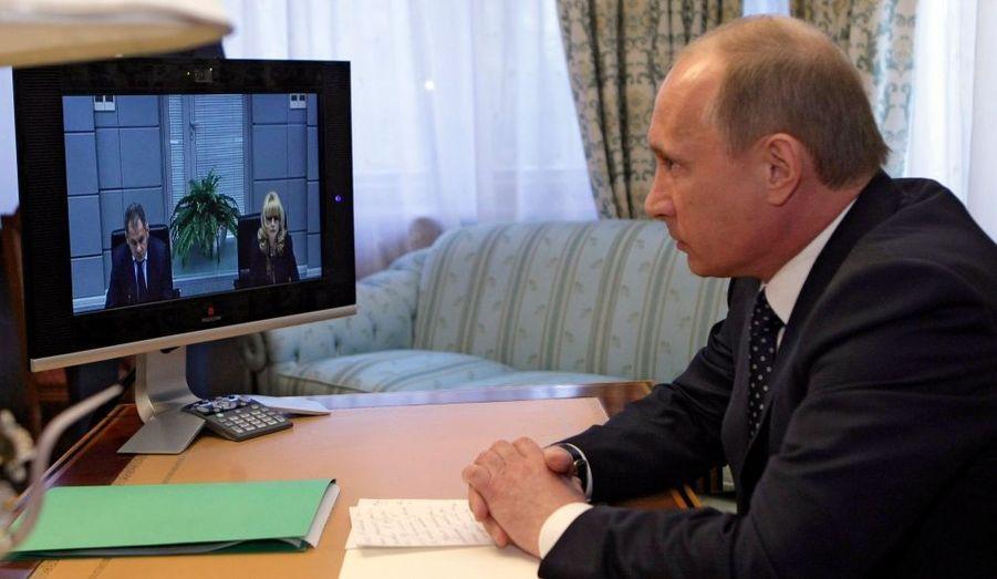 """Les terroristes seront anéantis"" a prévenu Vladimir Poutine"