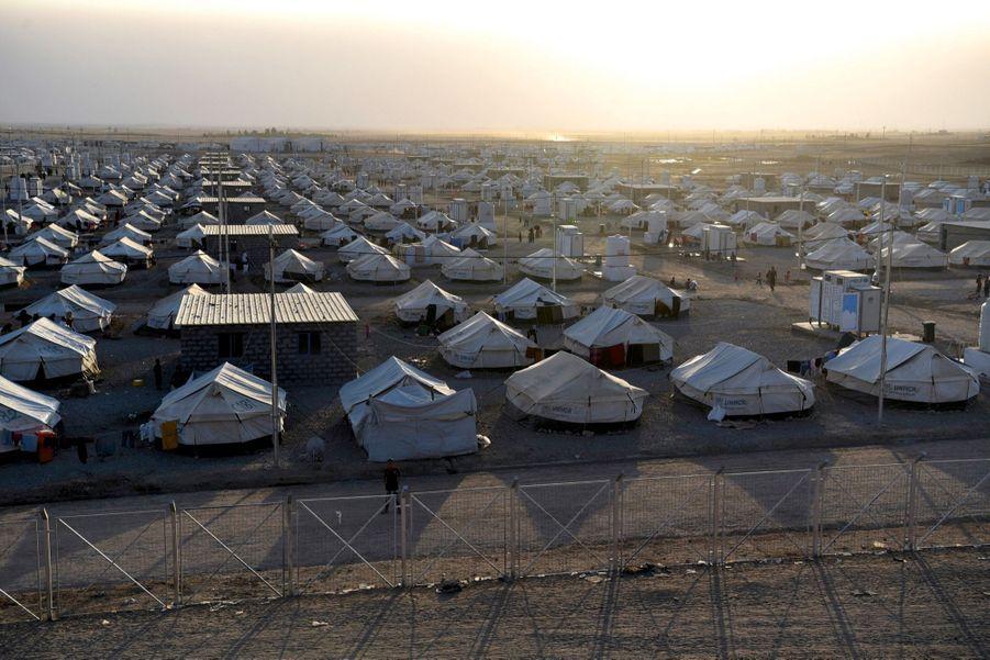 Le camp de réfugiés de Debaga, au sud-est de Mossoul, prêt pour accueillir les milliers de familles qui fuient la bataille.