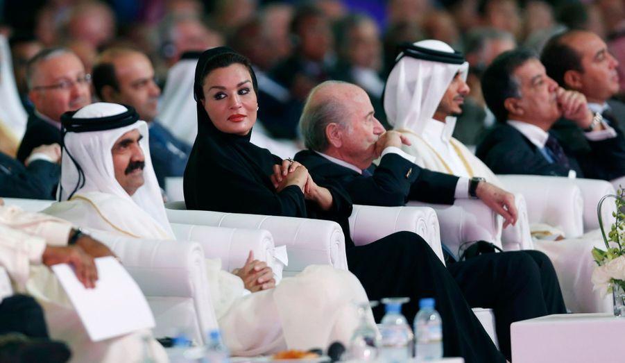 L'épouse de l'émir du Qatar, Sheikha Mozah