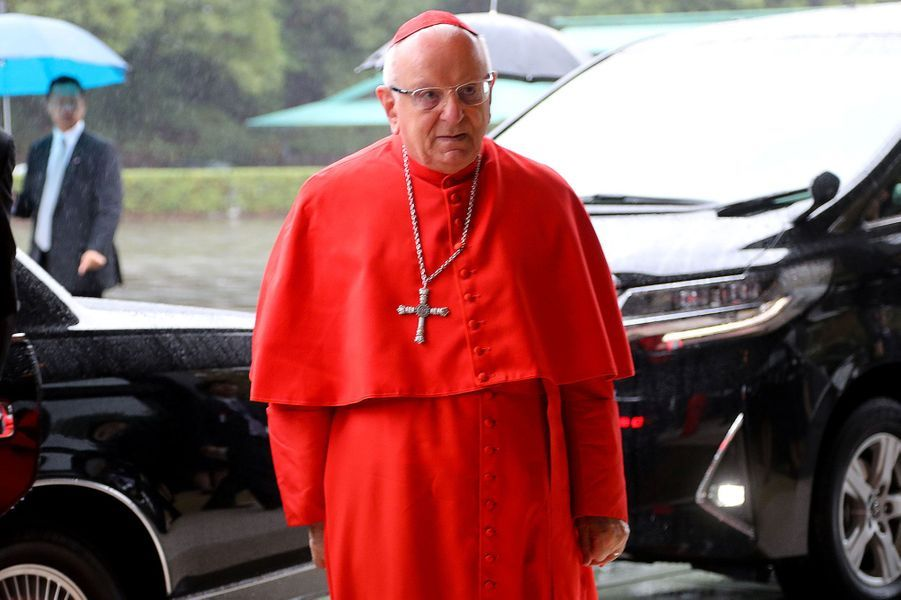 L'ArchiprêtreFrancesco Monterisi envoyé par le Vatican