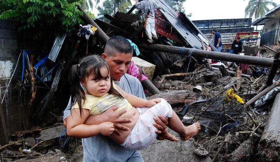 La peur d'un nouveau Katrina. L'ouragan Ida qui a endeuillé l'Amérique centrale se dirige maintenant vers le sud des Etats-Unis.