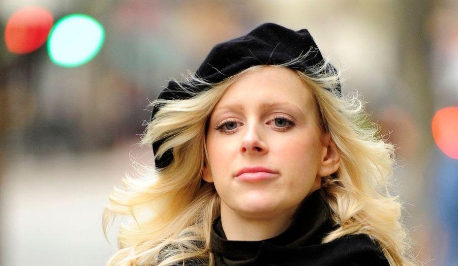 Elle incarne aujourd'hui le harcèlement sexuel en Grande-Bretagne. Agée de 29 ans, Jordan Wimmer, financière à la City de Londres, accuse son ancien patron Mark Lowe, le millionnaire à la tête de Nomos Capital, de harcèlement moral et sexuel. Elle réclame 4 millions de livre sterling de dommages et intérêts.