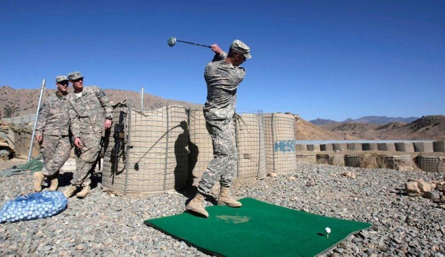 En difficulté dans le bourbier afghan, et littéralement harcelés par l'insurection des taliban, les militaires américain ont trouvé quelques solutions pour se détendre sur le théâtre Afghan.
