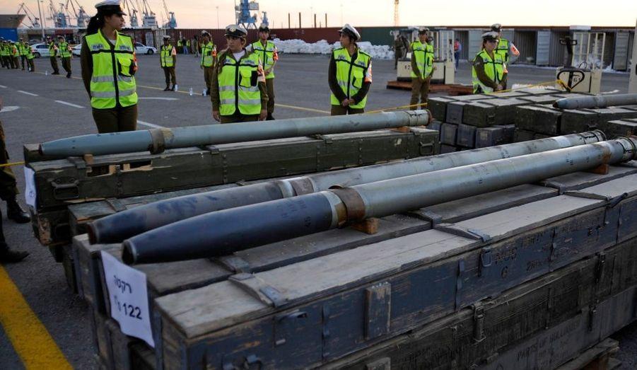 L'armée israelienne a saisi hier au large de ses côtes en mer méditerranée un stock d'armes sur un navire de commerce. Selon Tel Aviv, ces armes ont été expédiées par l'Iran à destination du Hezbollah