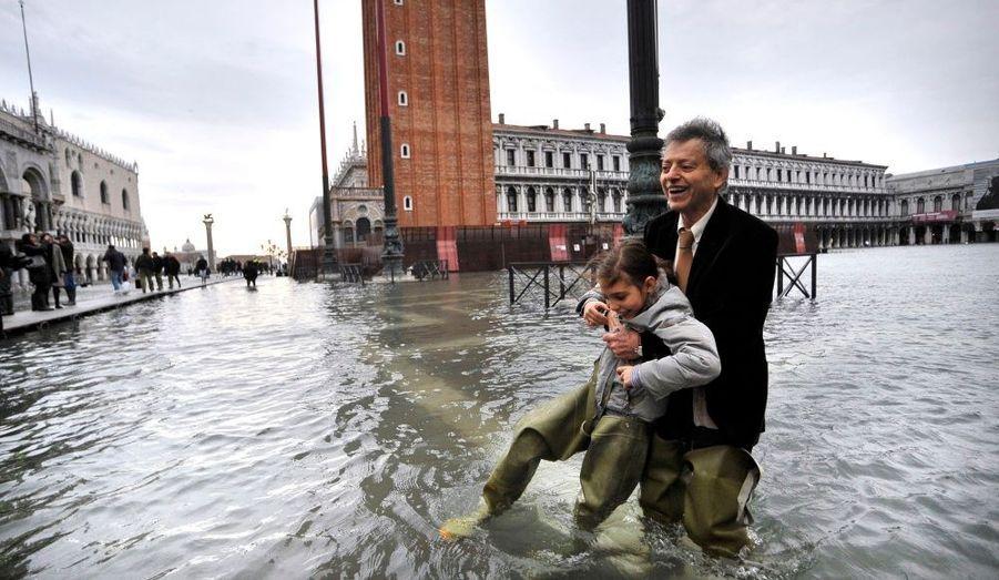 Comme souvent à cette période de l'année, la Cité du Doge se retrouve sous les eaux.
