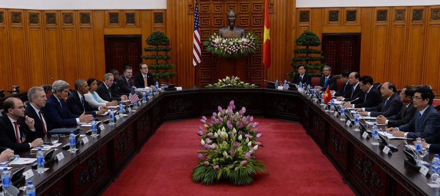 Réunion conduite par Barack Obama et le Premier ministre vietnamien Nguyen Xuan Phuc à Hanoï