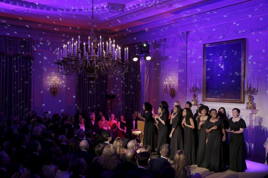 Sara Bareille se produit au dîner d'Etat donné pour la venue de Justin Trudeau à la Maison Blanche le 10 mars 2016