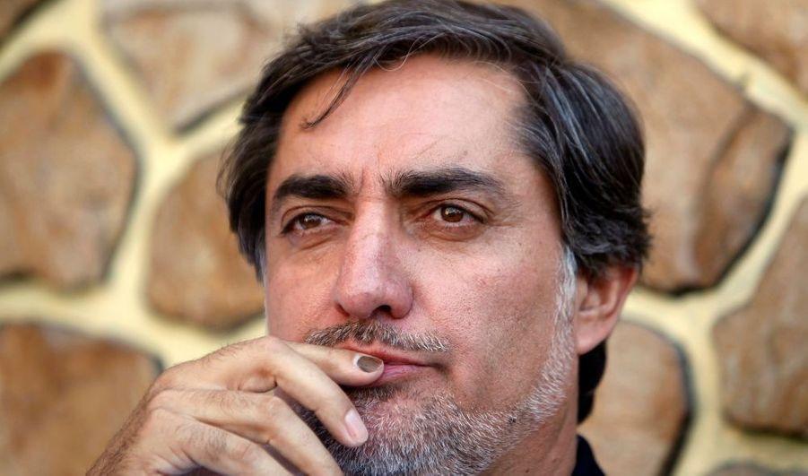 Son visage reste assez méconnu, mais Abdullah Abdullah devrait, sauf surprise, être présent au second tour de l'élection présidentiel afghane face au président sortant Hamid Karzaï.