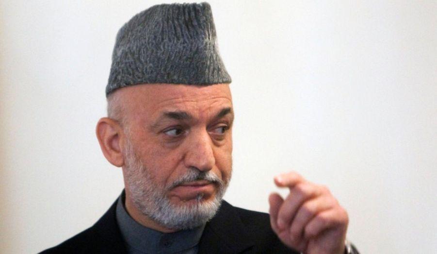Le président afghan, Hamid Karzaï, a indiqué cette semaine lors de réunions privées qu'il serait prêt à l'organisation d'un second tour de l'élection présidentielle mais il ne s'est engagé sur aucun échéancier, a-t-on appris lundi de surce occidentale. Karzaï devrait annoncer mardi ses intentions au lendemain de la remise par la Commission des plaintes électorales d'un rapport sur les irrégularités dénoncées lors du scrutin du 20 août.