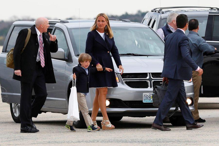 Vanessa Trump descendant d'Air Force One, le 1er avril 2018.