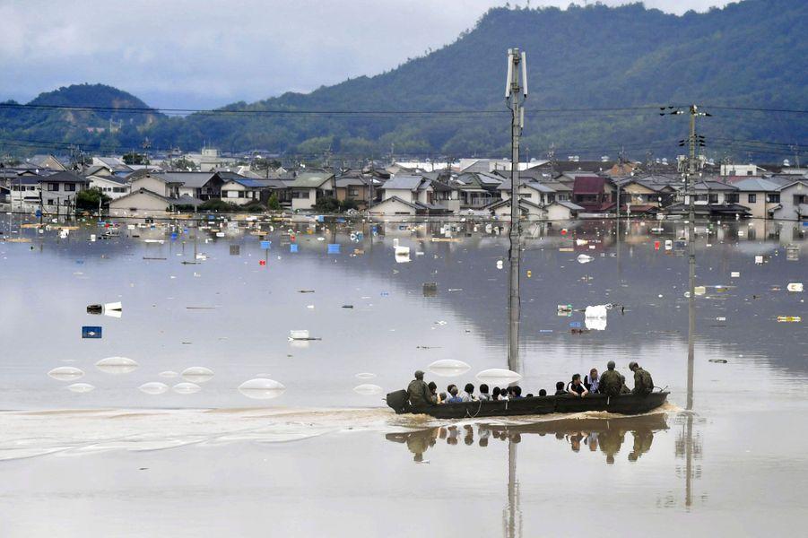 Des pluies torrentielles s'abattent depuis plusieurs jours sur le sud et l'ouest du Japon