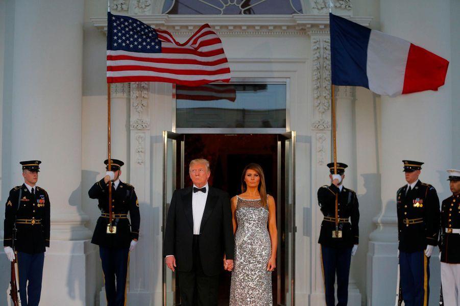 Melania Trump en robe Chanel au dîner d'Etat à la Maison-Blanche, le 24 avril 2018.