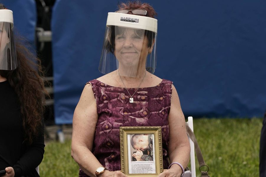 Donald et Melania Trump se sont rendus au cimetière national d'Arlington pour le «Memorial Day», le 25 mai 2020.