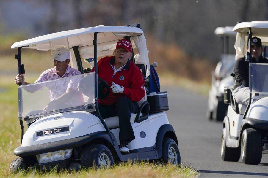 Donald Trump au Trump National Golf Club de Sterling, en Virginie, le 26 novembre 2020.