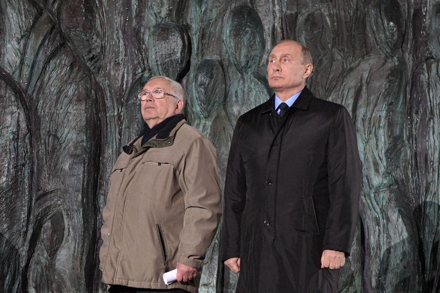 Vladimir Poutine et Vladimir Loukine, le 30 octobre 2017