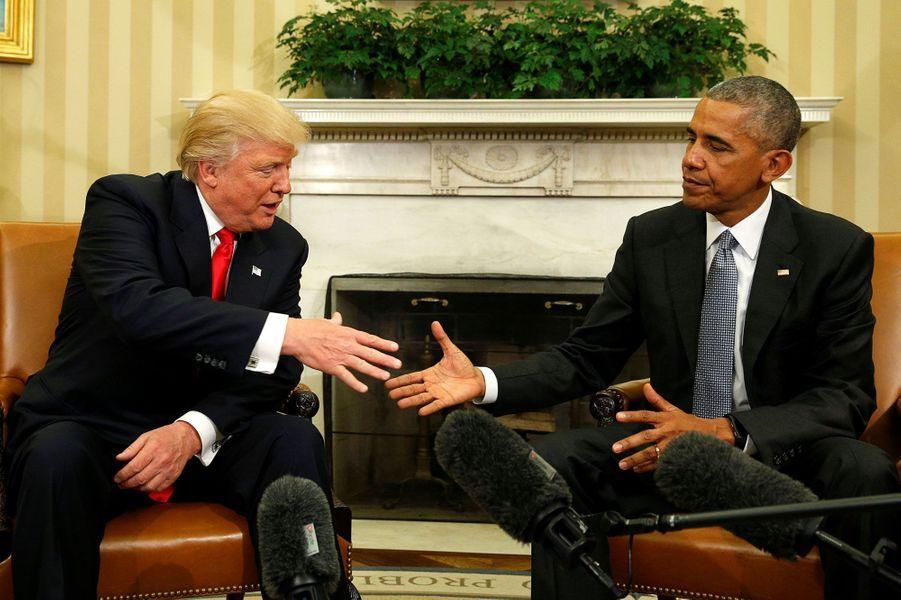 Barack Obama a reçu Donald Trumpdans le Bureau ovale.
