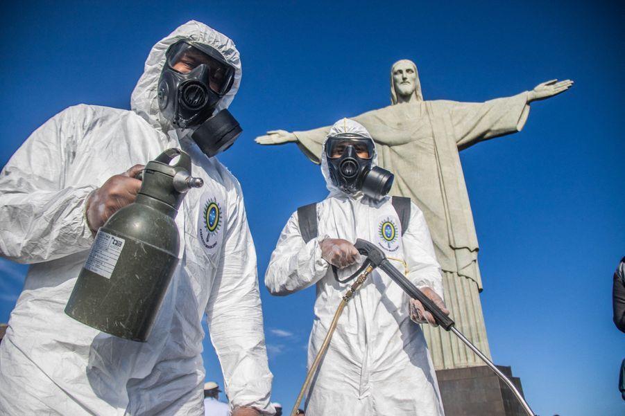 Plus de 100 000 personnes sont mortes du coronavirus au Brésil.