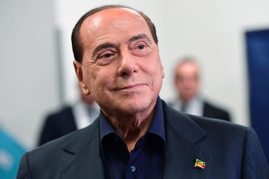 Silvio Berlusconi, eurodéputé de Forza Italia.