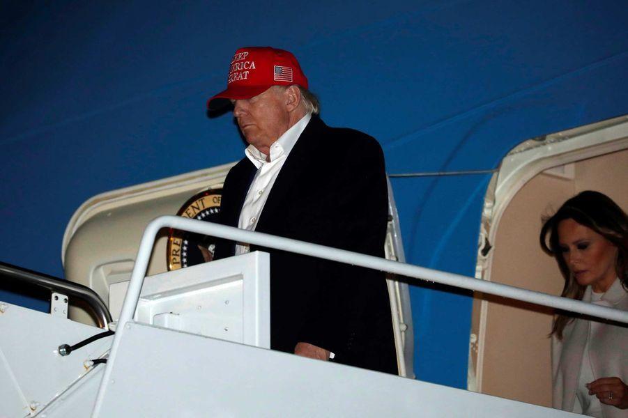 Donald Trump descendant d'Air Force One, le 1er décembre 2019.