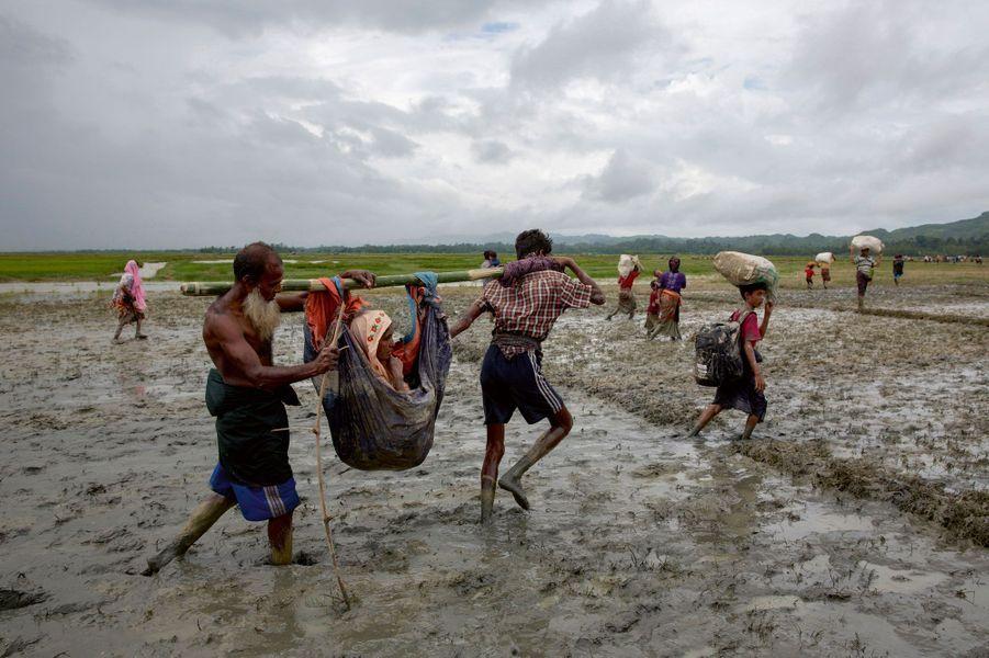Le sort des Rohingyas.