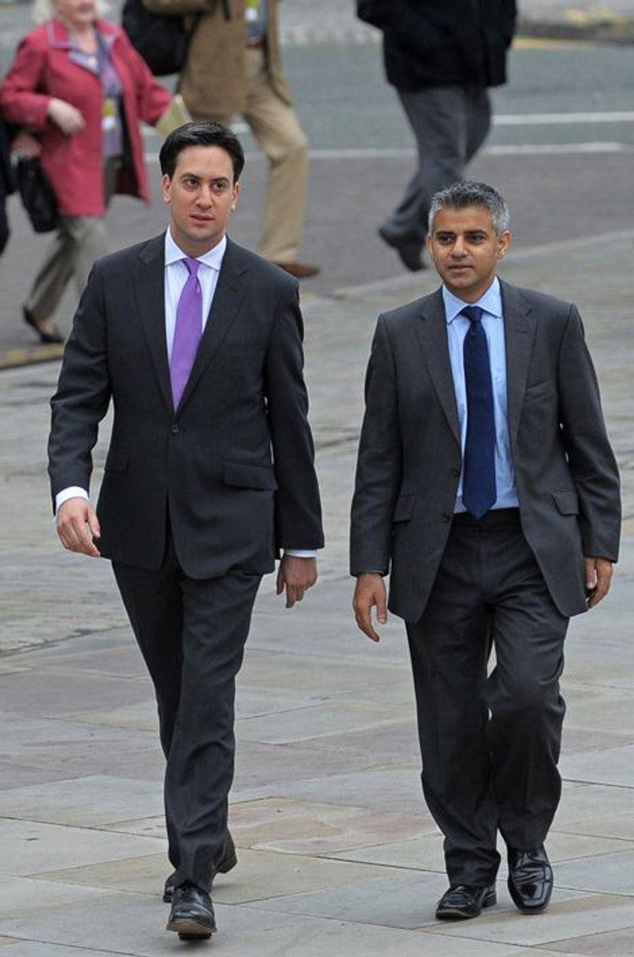 Ed Miliband et Sadiq Khan, le 27 septembre 2010.