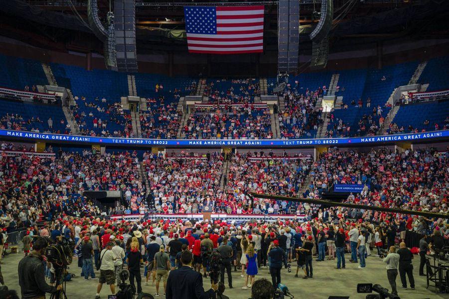 L'affluence du meeting de Donald Trump à Tulsa a été bien moins élevée que prévue, le 20 juin 2020.