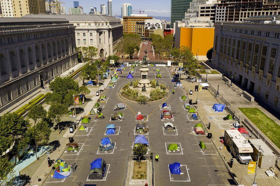 Une zone aménagée spécialement pour les sans-abri à San Francisco.