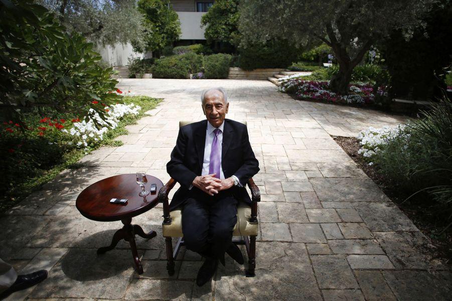 Shimon Peres en juin 2013.