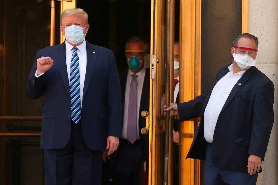 Donald Trump est sorti de l'hôpital et rentré à la Maison-Blanche, le 5 octobre 2020.