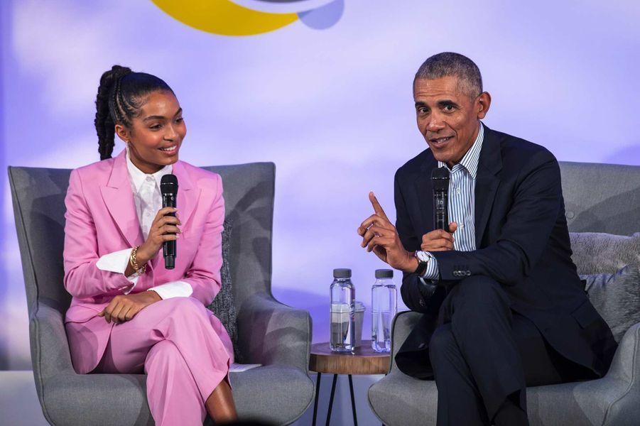 Yara Shahidi etBarack Obama à Chicago, le 29 octobre 2019.