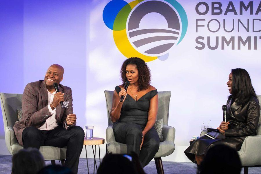 Craig Robinson,Michelle Obama et Isabel Wilkerson à Chicago, le 29 octobre 2019.