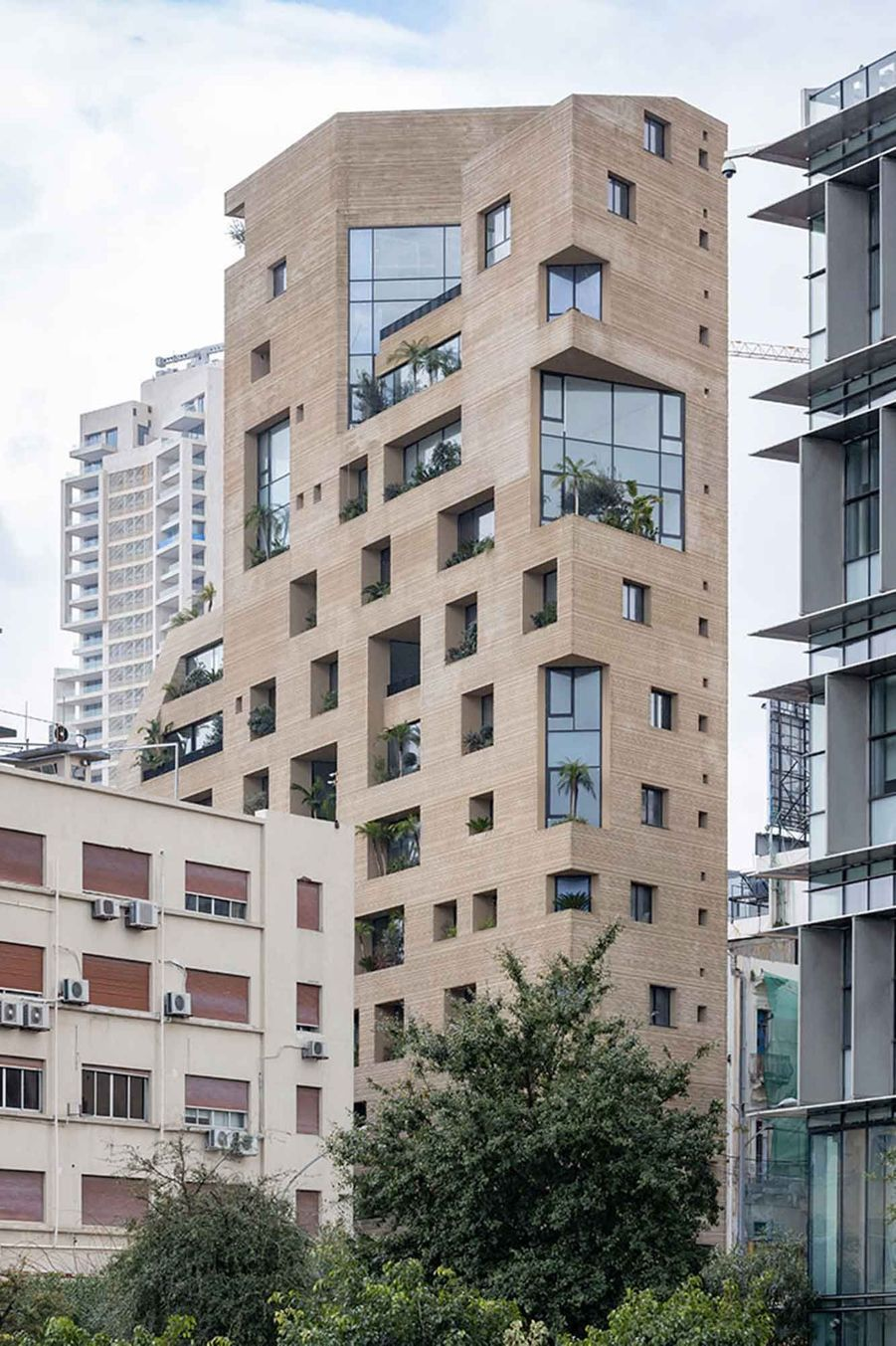 """L'immeuble """"Stone Garden"""", conçu par l'architecte libanaiseLina Ghotmeh."""